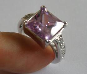 Princess Cut 18K White GP Tanzanite CZ w/ Crystal Ring, SZ 6