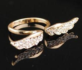 Stylish Angel Wing Gold Plated Crystal Retro Lovely Sweet Ring, Size 7.5