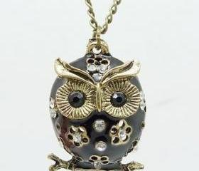 Vintage Style Black Owl Pendant Necklace