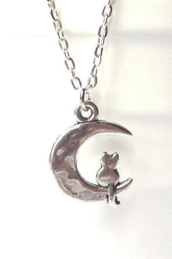 Cat and moon necklace - Moon cat charm - cat necklace - Cat lovers gift - Moon necklace - Cat sitting on the moon charm necklace