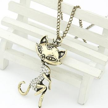 Europe Retro Style Rhinestone Sex Cat Girl Pendant Sweater Necklace